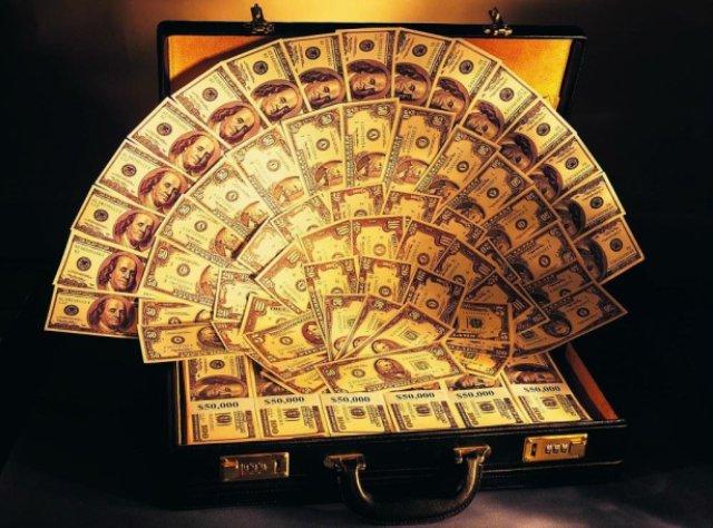 Как воспитать правильное отношение к деньгам у детей