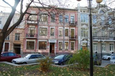 Собственник сдает помещения в аренду 86 кв.м.,  108 кв.м.