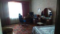 Продам свою 3-х комнатную квартиру на 2 этаже в центре города